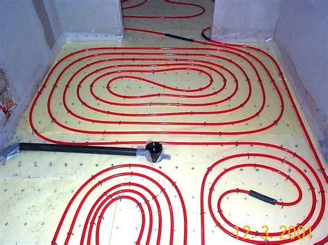 riscaldamento a pavimento funzionamento impianto di riscaldamento a battiscopa prezzi e