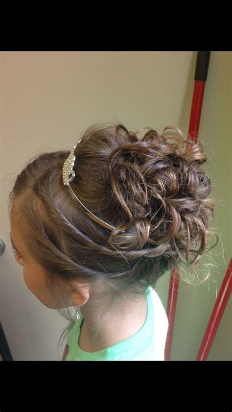 little girl hairstyles updo 27 best flower girl images on pinterest girls hairdos