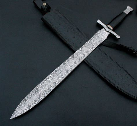Handmade Sword Review - 30 quot handmade damascus steel sword bull horn handle