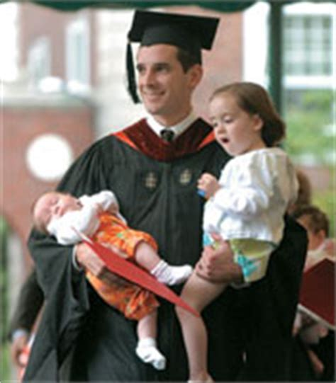Harvard Mba Jd Alumni by Mba Class Of 2004 Celebrates Class Day And Commencement