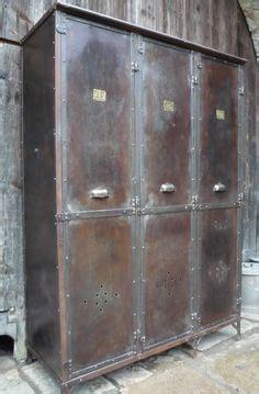 armoire métallique industrielle 1000 id 233 es sur le th 232 me casier vestiaire sur