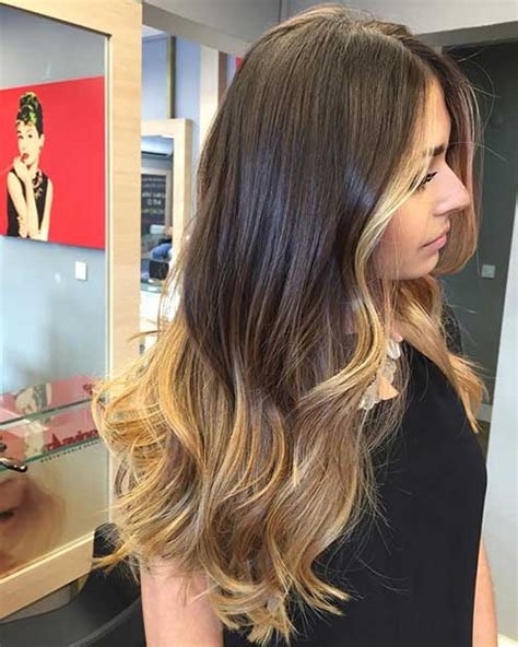 highlights that frame the face short hair 27 stunning blonde highlights for dark hair page 2 of 3