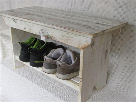 coffee table bench diy diy farmhouse pallet bench and coffee table pallet furniture plans