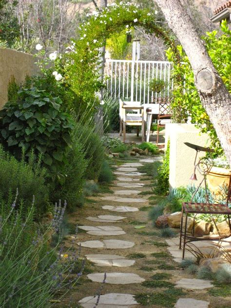 narrow backyard ideas side yard landscaping ideas pinterest and landscaping side