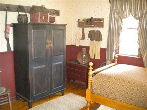 98 best images about primitive colonial bedrooms on