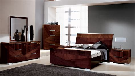 contemporary bedroom set modern italian lacquer bed capri
