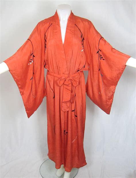 kimono robe vintage 1920s silk embroidered salmon pink kimono robe for