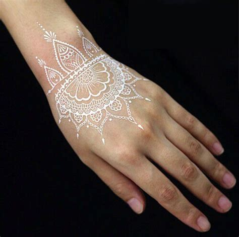 henna tattoo with india ink white henna cones makedes