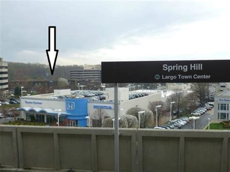 tysons corner comfort inn photo from the platform of the metro with the hotel in the