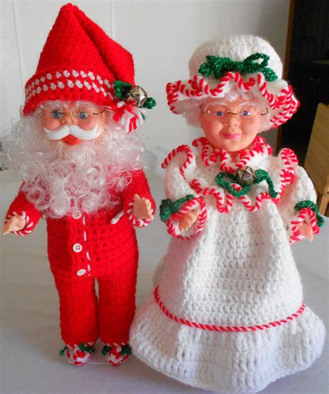 santa claus doll and mrs claus doll mr and mrs claus with