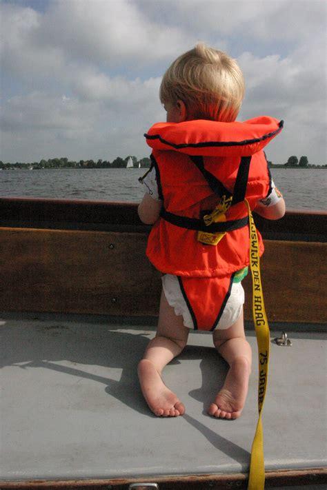 zwemvest zeilen kind een spannende ervaring met een kinderzwemvest zeilen