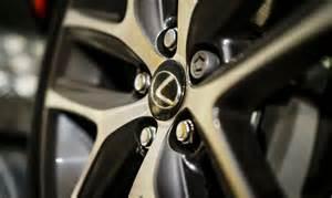 lexus is tyre pressure
