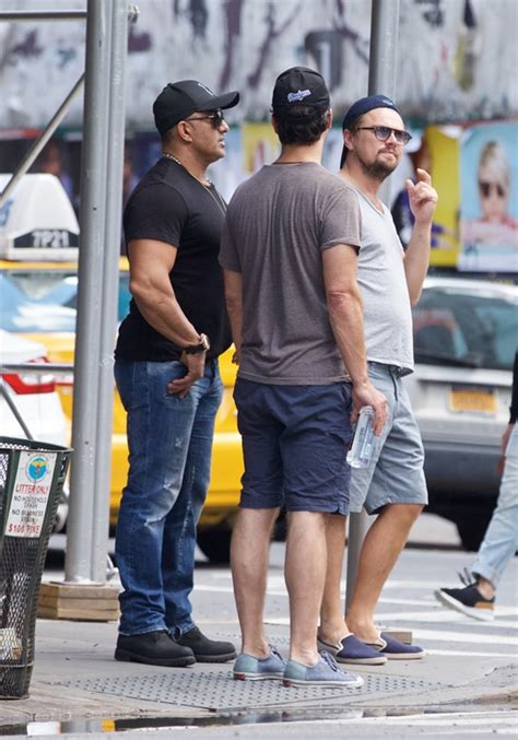 Lepaparazzi News Update Brad Pitts Easter Wedding by Leonardo Dicaprio In New York With Members Of The Wolf