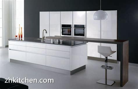 Modern custom frameless kitchen cabinets