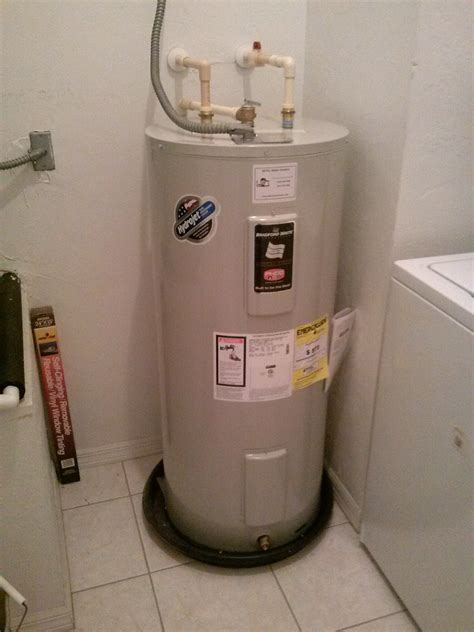 Small Water Heater Leak 5 Signs That You May A Leaking Water Heater