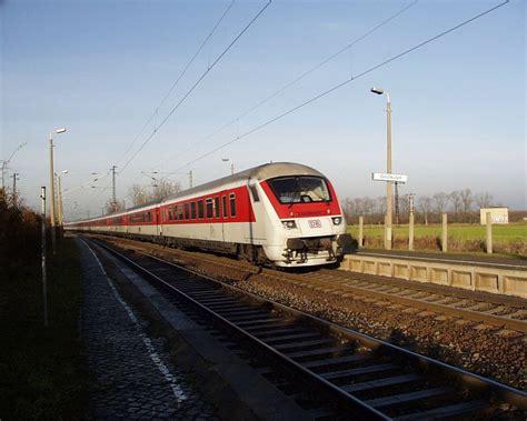 Nägel Lackieren Im Zug by Intercity Deutschland