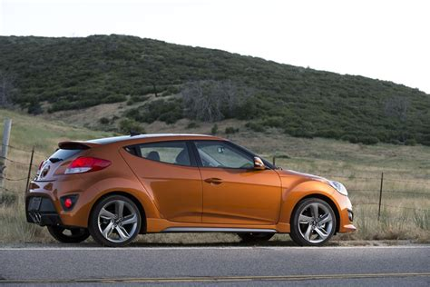 hyundai veloster turbo vitamin c 2014 hyundai veloster turbo rear photo vitamin c color