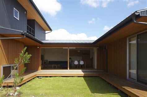 Japanese Modern House คอร ทยาร ดกลางบ าน 171 บ านไอเด ย เว บไซต เพ อบ านค ณ