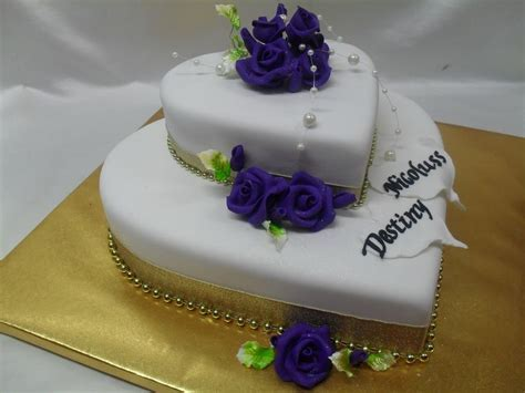 2 tier heart shaped wedding cake Best wedding Cakes in