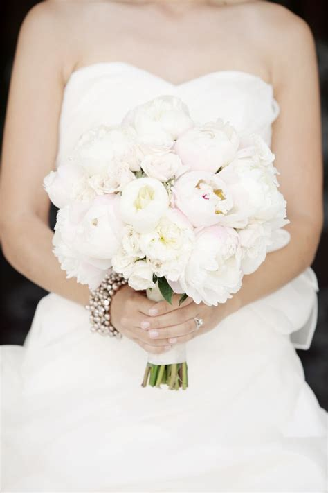 brides love peonies wedding day