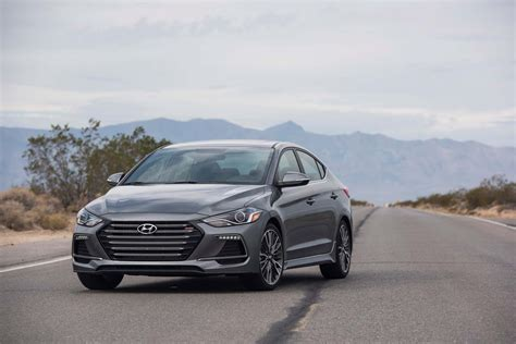 02 Hyundai Elantra 2017 Hyundai Elantra Reviews And Rating Motor Trend