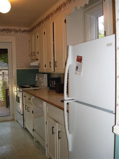 small galley kitchen design very small galley kitchen designs