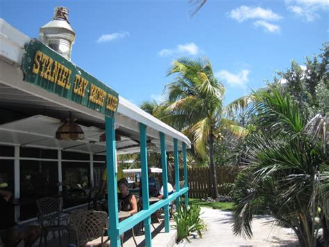 Staniel Cay Cottages by The Bar Restaurant