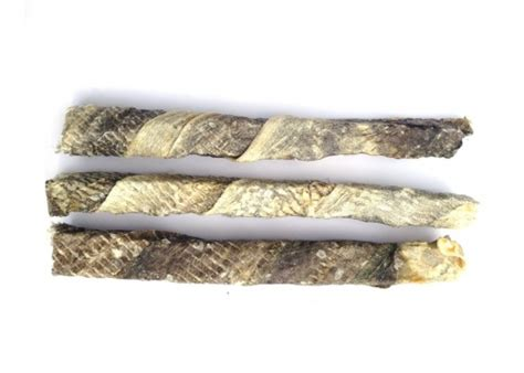 fish for dogs skippers fish skin throw sticks treats