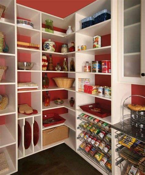 dispensa in cucina idee per organizzare la dispensa della cucina foto