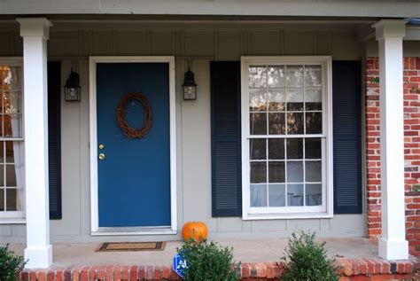 30 gray houses with blue black door and shutters experts suggestion
