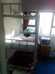 Three Person Bunk Beds Trade Me Advertising 115 A Week To Rent A Three Person Bunk Bed In Auckland City Daily Mail
