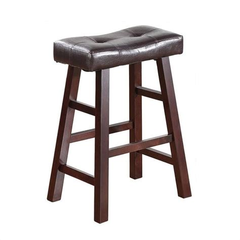 24 Counter Stools Features