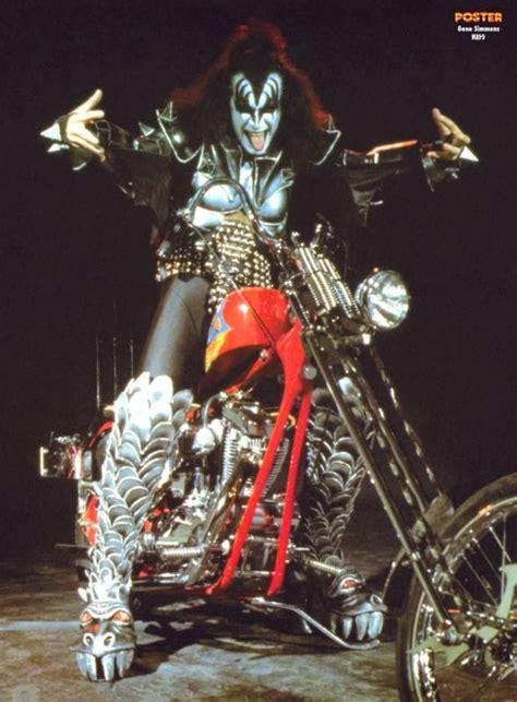 Motorrad Kuss by Gene Simmons Chopper Chopper