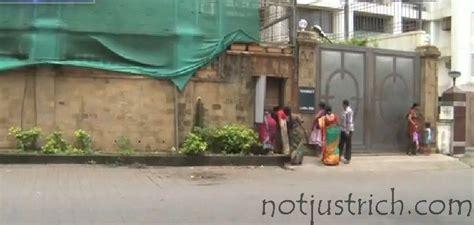 shahrukh khan bungalow in dubai shahrukh khan net worth wiki mannat price dubai house