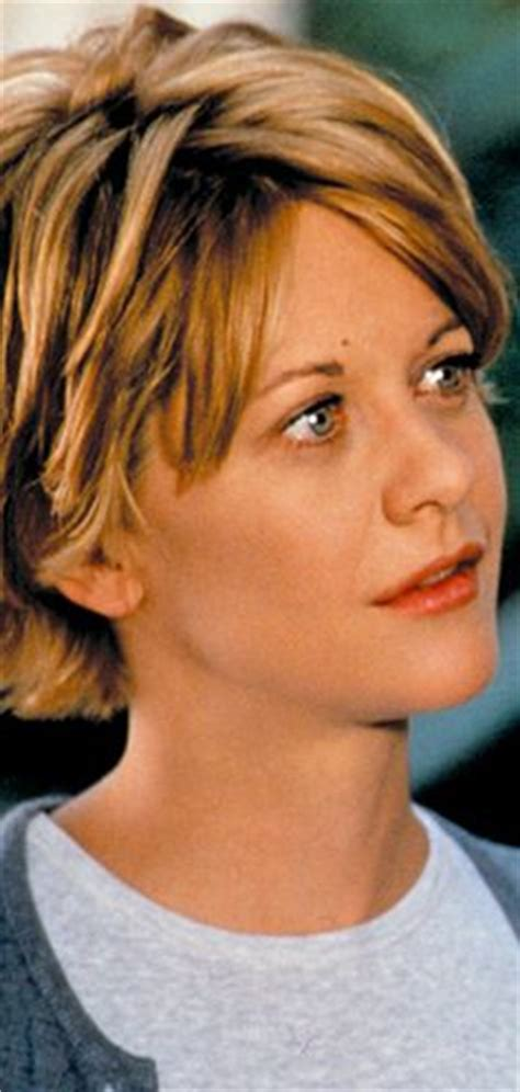 meg ryan hairstyle in youve got mail meg ryan in you ve got mail short hair pinterest meg