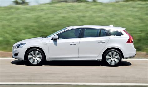 volvo v60 in hybrid confirmed for 2012 launch