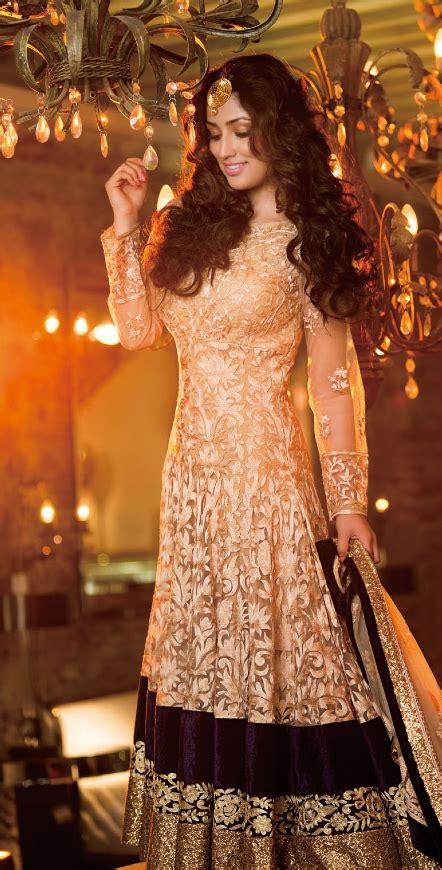 baahubali themes ringtone bollywood actress