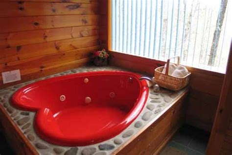red bathtubs just us a pigeon forge cabin rental