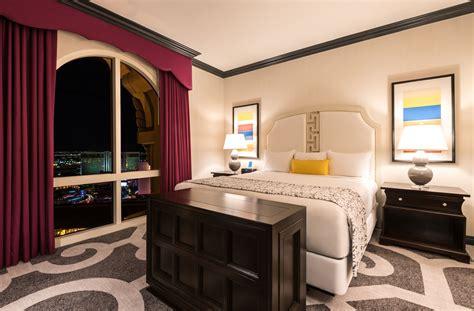 room in vegas ooh la la las vegas hotel rooms get a snazzy makeover las vegas blogs