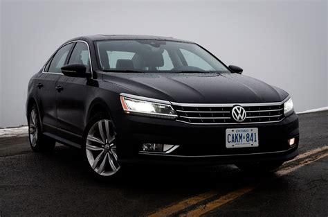 volkswagen passat 2017 black 2017 vw passat www imgkid com the image kid has it