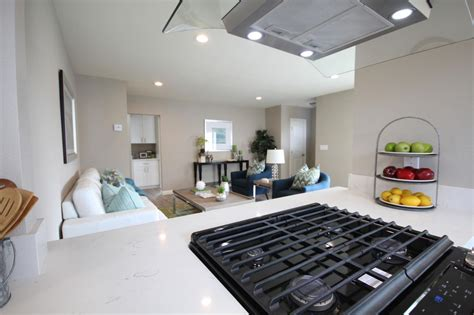 flip or flop houses for sale sneak peek into new episodes of hgtv s flip or flop hgtv