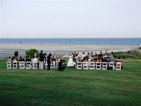 Plan a memorable and affordable destination wedding in Myrtle Beach