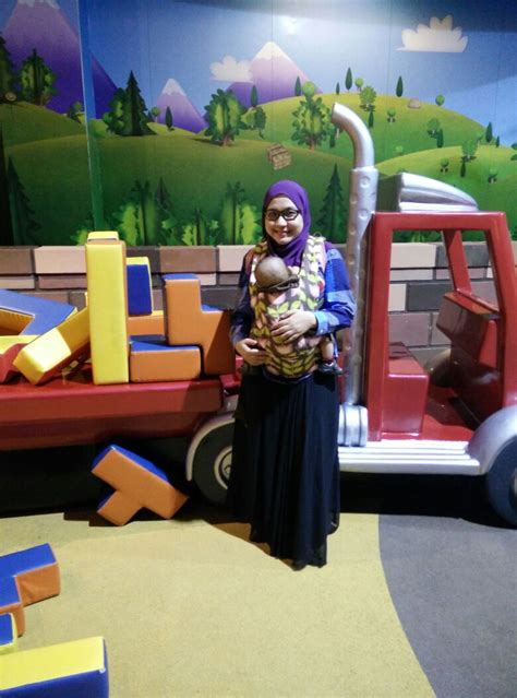 theme park yang paling best trip to hello kitty town little big club mama dhia
