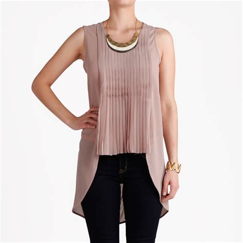Sr011 Daily Top Brown knife pleated sleeveless top in taupe dailylook