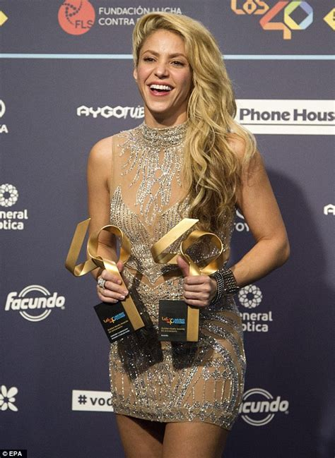 Promo Dress Shakira Uk 2 3 Th Dress Yukensi Dress Murah Dress Balita shakira is honoured with two awards at radio channel 40