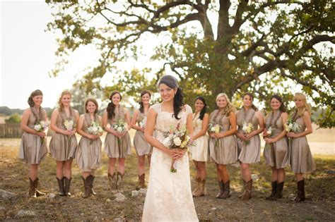 country style wedding photos vintage country style wedding rustic wedding chic