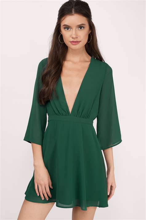 Thesa Dress green dress v dress royal green dress skater
