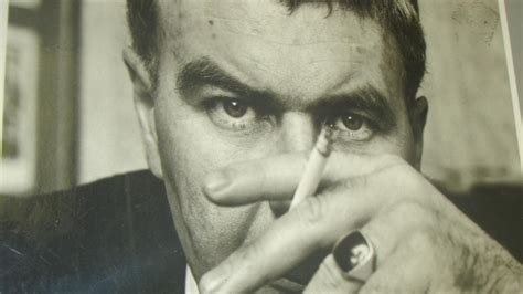 themes in the short story raymond s run what is the theme of quot popular mechanics quot by raymond carver