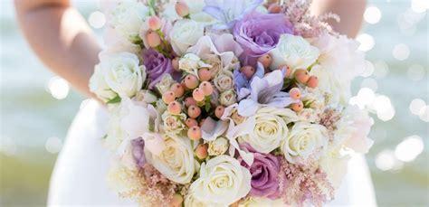 mazzo di fiori per sposa fiori di stagione per il bouquet da sposa leitv