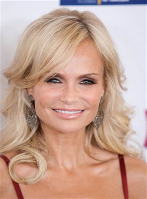 kristin chenoweth short hairstyle with hairstyles hair kristin new york housewives hair color kristin new york
